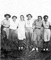 בנות יסוד המעלה משמאל- חווה ברשח רבקה מזרחי אסתר ברשח נינה אלחדף (לא מ btm5779.jpeg