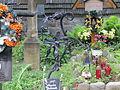 -1109 M stary cmentarz (Na Pęksowym Brzyzku) wraz z murem, bramą, drzewami i pomnikami Zakopane bgvvvvh.jpg