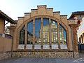 008 Museu de Tortosa, antic escorxador, façana nord, finestral.JPG