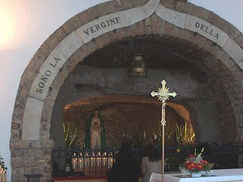The grotto of the marian apparition in Tre Fon...