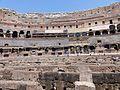 0 Interior del Coliseo, verano del 2016, Roma, Italia 13.jpg