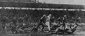 Civil War (college football game) - Image: 1922 Oregon Civil War game