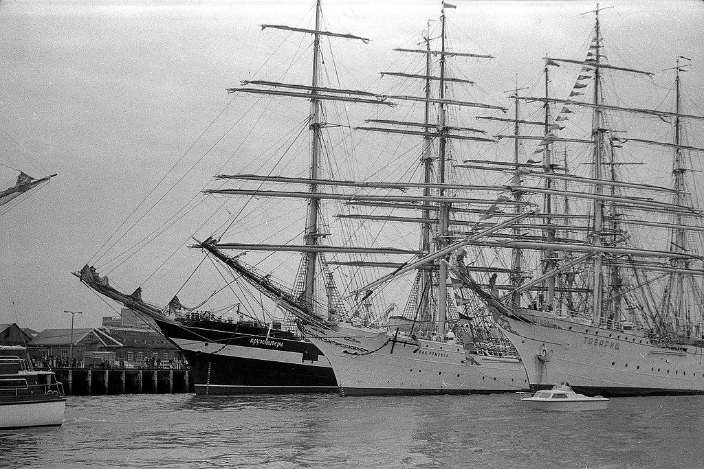 1974-portsmouth-tall-ships-06