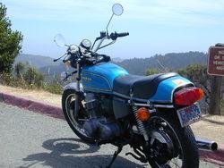 http://upload.wikimedia.org/wikipedia/commons/thumb/a/a3/1975_Honda_CB750F_Supersport_2.jpg/250px-1975_Honda_CB750F_Supersport_2.jpg