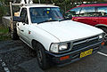 1991-1994 Toyota Hilux (RN85R) 2-door cab chassis 01.jpg