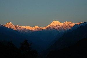 Khangchendzonga National Park - Image: 1 Kangchenjunga Khangchendzonga Kongchen dzonga Himalayan peak Sunrise Sikkim India