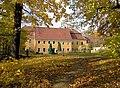 20051026070DR Kleinwolmsdorf (Arnsdorf) Rittergut Herrenhaus.jpg