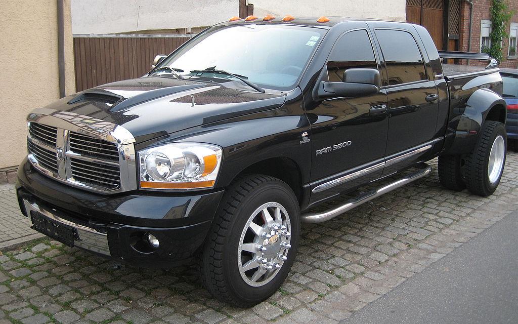 deutsch 2006er dodge ram 3500 mega cab dually 4x4 heavy duty pickup truck in der