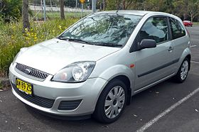 2006 Ford Fiesta (WQ) LX 3-door hatchback (2009-11-16).jpg