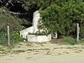 2018-02-01 Disused drinking fountain at the rear of Praia da Galé (East), Albufeira.JPG