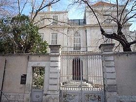 Hôtel Colomb de Daunant : http://fr.wikipedia.org/wiki/H%C3%B4tel_Colomb_de_Daunant