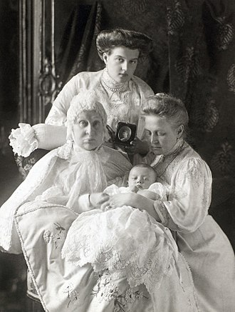 Princess Alexandra of Saxe-Altenburg - Grand Duchess Alexandra Iosifovna with her daughter, Queen Olga of Greece, her female-line great-granddaughter, Princess Maria of Sweden and female-line great-great-grandson, Lennart. Behind Grand Duchess Alexandra there is a portrait of Olga's late daughter and Maria's mother, Alexandra.