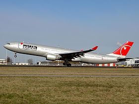 A330-300 Northwest Airlines N805NW.jpg