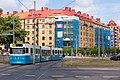 A tram approaching Linneplatsen, Göteborg.jpg