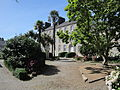 Abbaye Notre-Dame-de-Grâce de Bricquebec - Cour.JPG