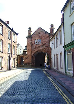 Abbey Gate, Carlisle Cathedral - geograph.org.uk - 808152