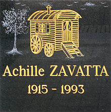 Achille Zavatta's commemorative plaque.JPG