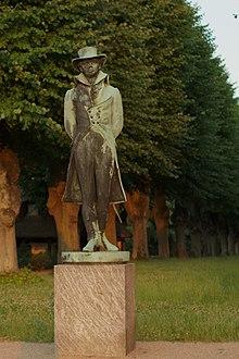 Statue of Adam Gottlob Oehlenschläger in Frederiksberg Gardens (Copenhagen) (Source: Wikimedia)
