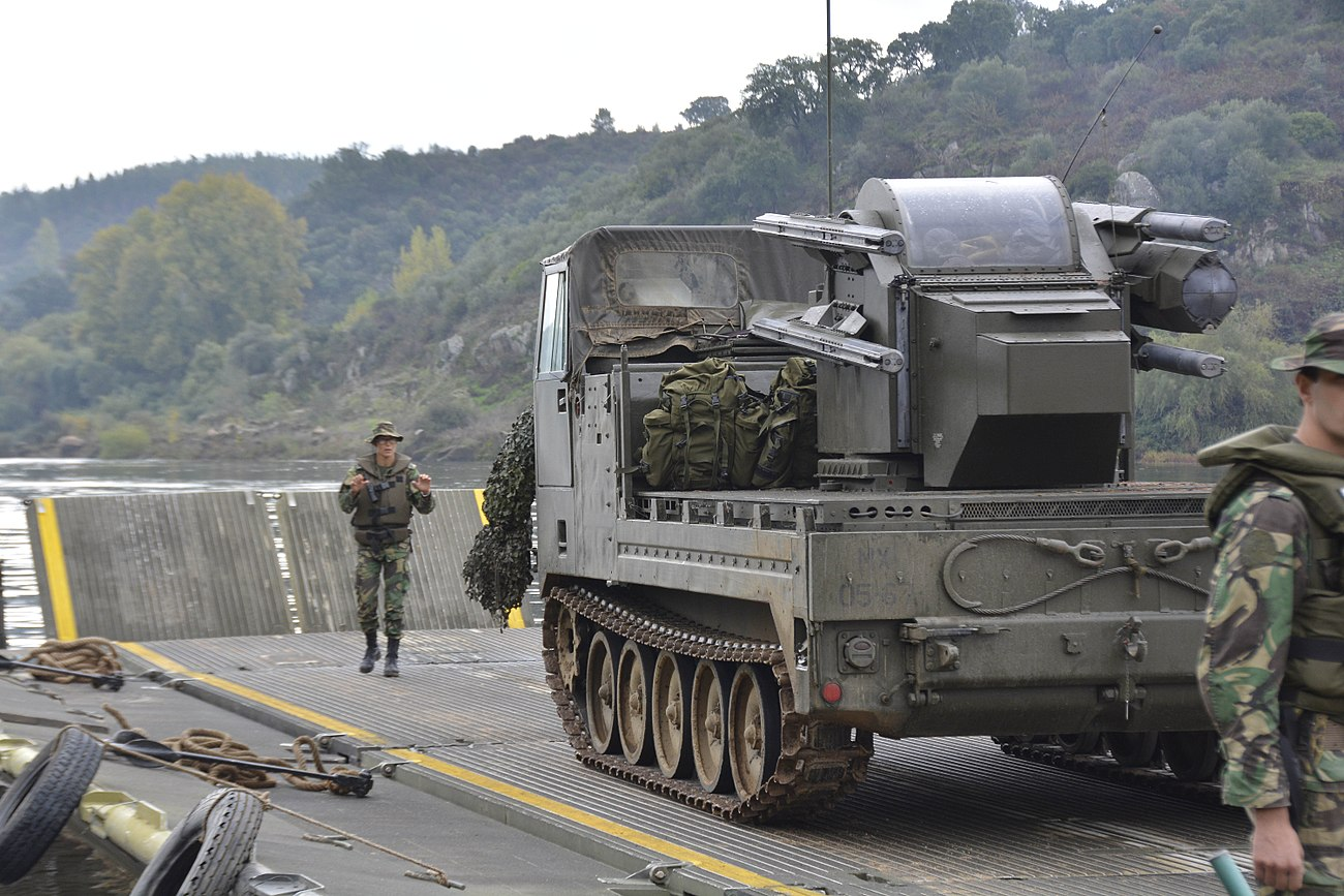Air Defense Battery Watercourse (Rio Tejo) Passage, Trident Juncture 15 (21892581743).jpg