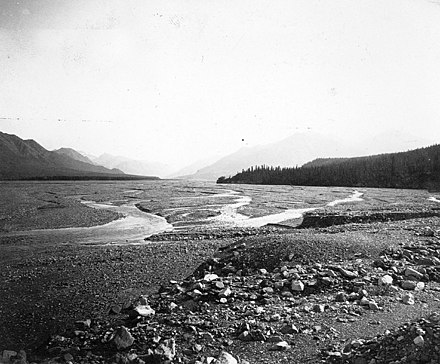 Gravel floodplain of a glacial river near the Snow Mountains in Alaska, 1902