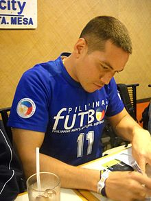 Alexander Borromeo at a press conference - 20110217.jpg