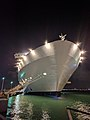 Allure of the Seas (31597720550).jpg