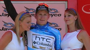 André Greipel - Greipel (center) at the 2010 Tour Down Under, which he won