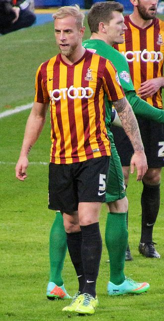 Andrew Davies (footballer) - Playing for Bradford City in 2015