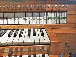 Arlon, Stahlhuth-Orgel (5).jpg
