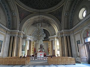 Armenian church of St. Catherine, interior (2), Saint-Petersberg.JPG