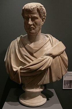 Arte romana, ritratto con testa di ignoto, detto macrino, 230-250 dc ca. (villa corsini) 01.jpg