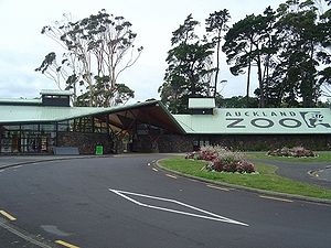 Auckland Zoo - Zoo entrance on Motions Road