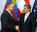 Aussenminister Spindelegger trifft Regierungschef von Liechtenstein, Klaus Tschütscher (8382848043).jpg