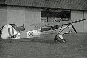 Auster AOP.6 - Auster T.7 training aircraft of 663 AOP Squadron in 1952.