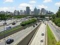 Avenida 23 de Maio, sudeste de São Paulo visto da passarela Ciccillo Matarazzo - panoramio - Alexandre Possi.jpg