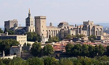 Avignon, Palais des Papes depuis Tour Philippe...