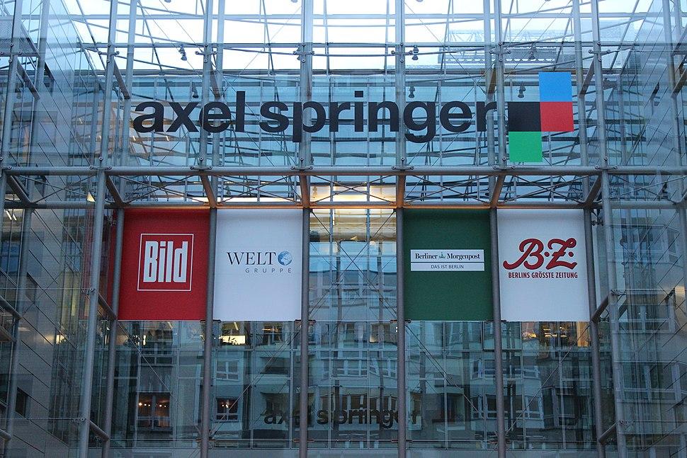 Axel Springer Geb%C3%A4ude und Logo