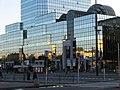 Błękitny wieżowiec na placu Bankowym - panoramio.jpg