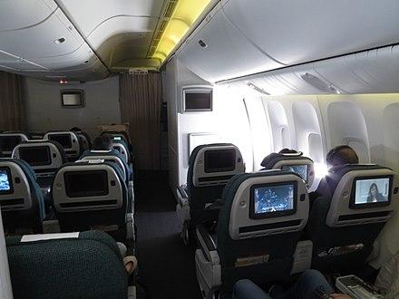 國泰航空一架波音777-300er的特選經濟艙(背面) - 優質經濟艙圖片