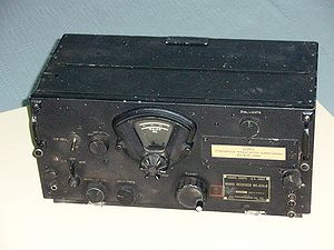 Communications receiver - Image: BC 224 D