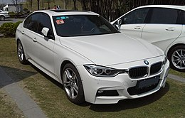BMW 3-Series F30 China 2015-04-12.jpg
