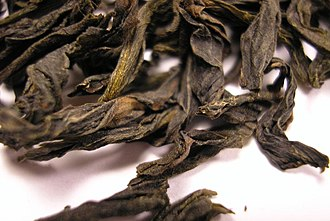 Bu Zhi Chun tea - Image: BZC Oolong tea leaf close