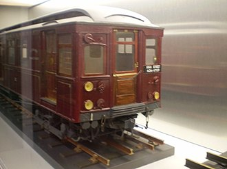 London Underground B Stock - A model of B Stock introduced in 1905