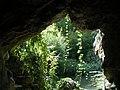 Bagatelle, grotte.JPG