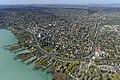 Balatonalmádi látképe légifelvételen.jpg