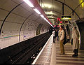 Bank.tube.station.arp.750pix.jpg