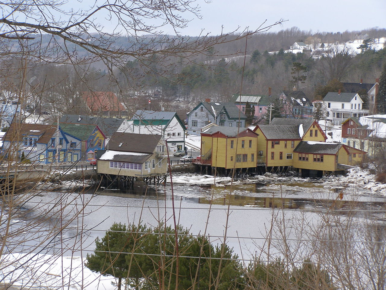 File:Bear river nova scotia in winter.JPG - Wikimedia Commons