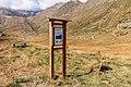 Bergtocht van parkeerplaats bij centrale Malga Mare naar Lago Lungo. Informatiebord over Val Venezia 01.jpg