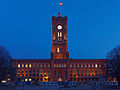 Berlin 2012 - Rotes Rathaus Abend.jpg