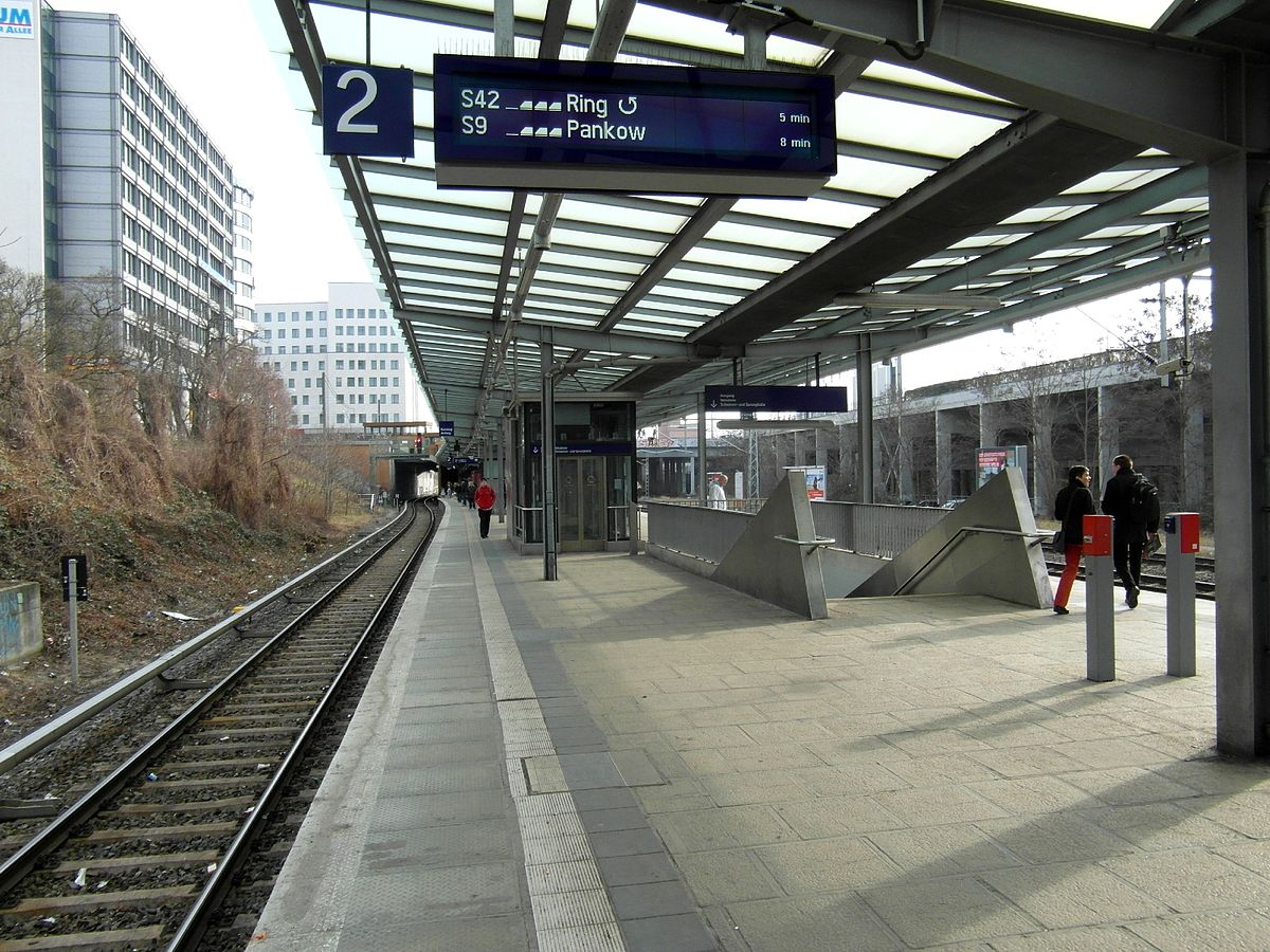 berlin landsberger allee station wikipedia. Black Bedroom Furniture Sets. Home Design Ideas